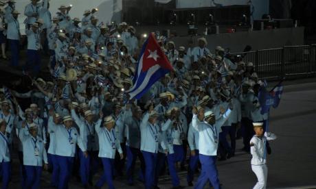 El desfile de las delegaciones en el Metropolitano