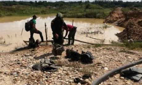 Minería ilegal: destruyendo vida