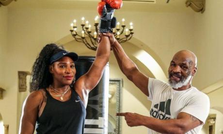 """En video   Mike Tyson """"a las trompadas"""" con Serena Williams"""