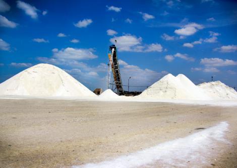 En La Guajira se produce casi toda la sal que se consume en el país, por ello se quiere crear un clúster de sal.