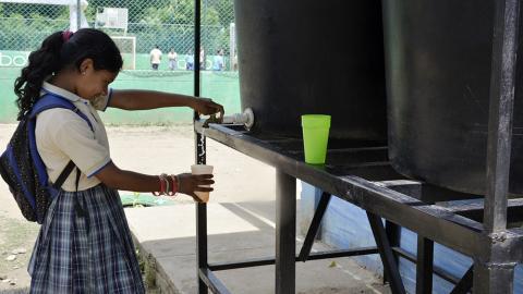 El líquido está disponible las 24 horas del día en los hogares carmeros.
