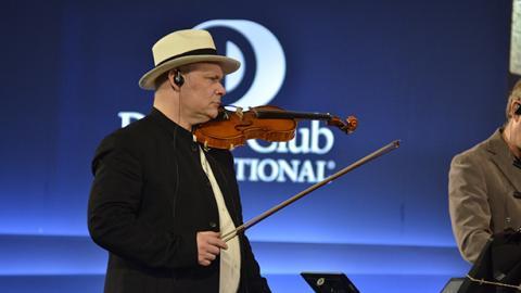 Mario Brunello, maestro del violonchelo.