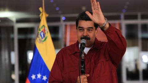 Desde el Aeropuerto Internacional Simón Bolívar, Maduro brindó declaraciones antes de partir a  Cuba.