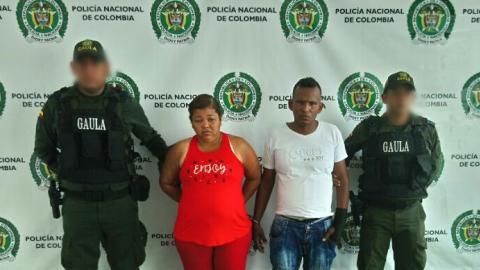 Pedro Gabriel Aguirre, alias 'Popo', con Gregoria Lourdes Ospino, una de las capturadas.
