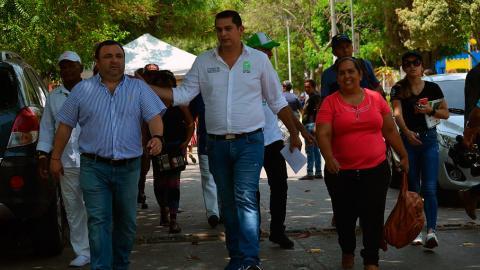 El jefe de la Oficina para la Seguridad y Convivenca Ciudadana, Yesid Turbay, durante el evento de este martes en el barrio San Roque.