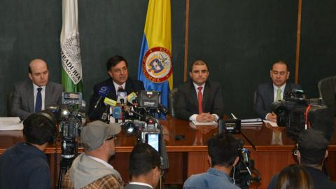Yusset Sefair gerente informática; el registrador Galindo, Jaime Hernando Suárez registrador delegado electoral y Carlos Sanchez, director censo electoral.