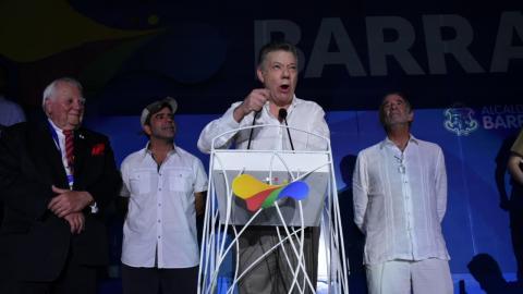 El presidente de la Odecabe, Steve Stoute; el alcalde  de Barranquilla, Alejandro Char; el presidente Juan Manuel Santos y el gobernador Eduardo Verano.