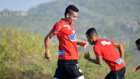 Luis Díaz liderará la ofensiva de Junior ante el Boyacá Chicó FC.