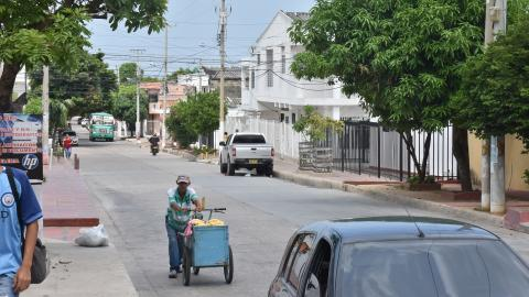 Este es el panorama actual en la calle 54 con carrera 14, del barrio Cevillar, que cuenta con rutas de buses.