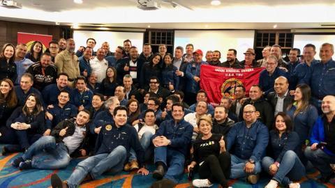 Miembros de los sindicatos y de la empresa Ecopetrol.