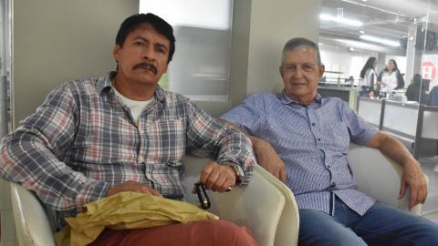 Presidente de Sintraelecol, Hamilton Barreto (izq), y el líder del colectivo Indignados, Norman Alarcón (der).