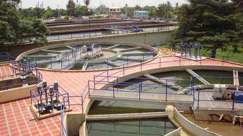 La suspensión del servicio será por el lavado y desinfección de los tanques de almacenamiento de la planta Las Flores y estación Salgar.