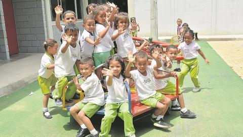 Profesionales atienden en hogares a 4.152 niños en el  Cesar.