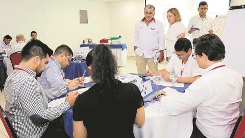 Los empresarios recibieron capacitación de expertos de BD Guidance.