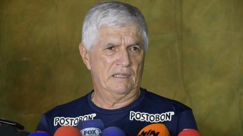 Julio Comesaña habló ayer después de la práctica.