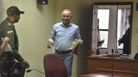 Fredys Socarrás Reales, a su arribo a la audiencia. El exfuncionario se enteró por EL HERALDO de que era investigado por el 'cambiazo' de los lotes.