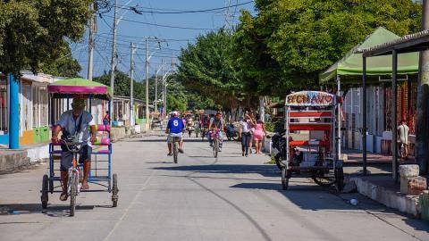 Aspecto de la carrera 15 a la altura de la calle 10, en el barrio La Chinita, en la localidad Suroriente.