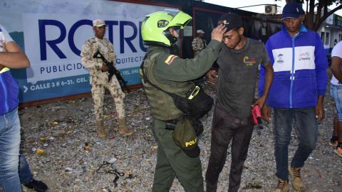 La labor combinada de vigilancia en Riohacha arrancó desde la tarde de ayer.