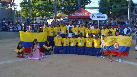 La delegación colombiana en la Copa La Victoria.