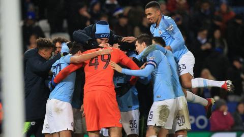 Jugadores del Manchester City celebrando.