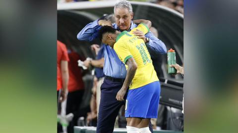 Tite y Neymar.
