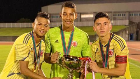 Haydar, Acosta y Ángel con la Selección Sub-18.