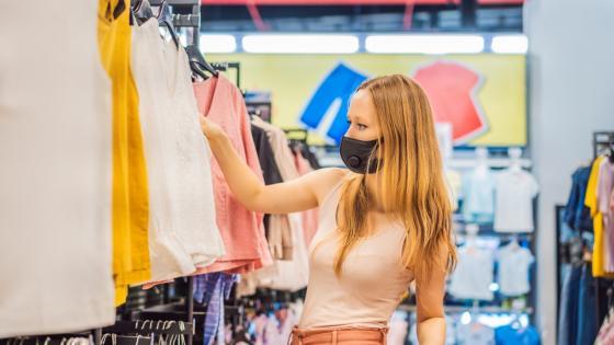 Las prendas flexibles, atemporales y básicas estarán entre las preferencias de los compradores.Zona de los archivos adjuntos