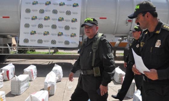 Condecoran en Lorica a policías que no se dejaron sobornar