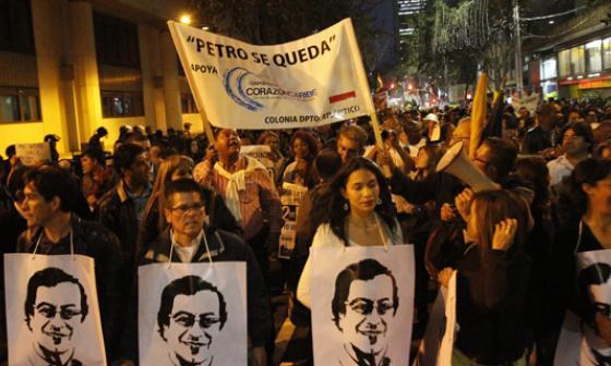 La Plaza de Bolívar nuevamente se colmó de manifestantes.