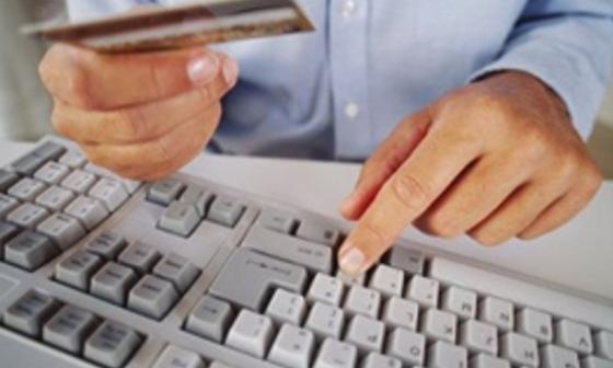 Detienen en España a 65 personas por estafar a extranjeros por Internet