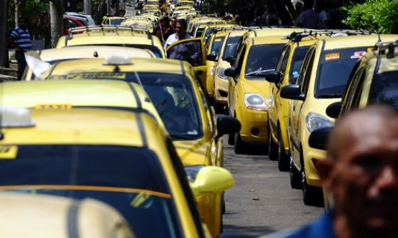 La agenda de citas en línea para que dueños y conductores participen en el censo de taxis