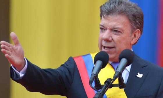 Santos hablará con Maduro y acepta la mediación de Uruguay