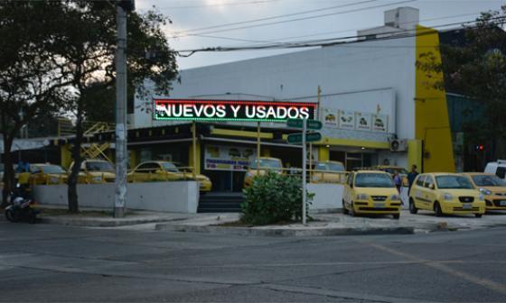 Compañía de compra y venta de vehículos, en el norte de Barranquilla.