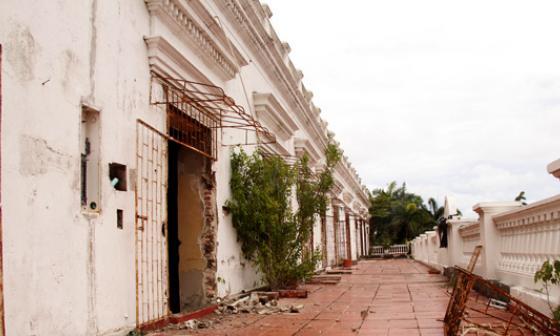 Los espíritus del Palacio de Proclamación esperan su restauración