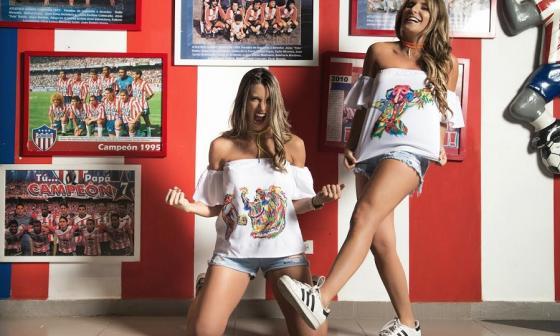 Daniella Donado y Marcela García Caballero, ex reinas del Carnaval de Barranquilla, presentan su colección de blusas.