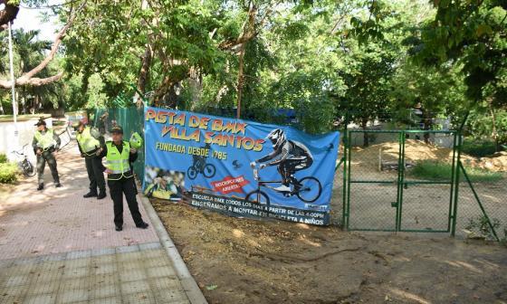 Distrito desaloja pista de BMX en Villa Santos, donde construirá un patinódromo