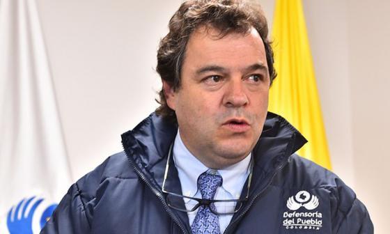 Defensoría velará por entrega de caletas de armas por parte de las Farc