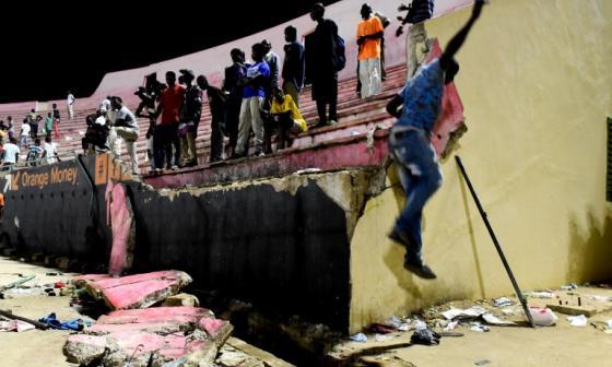 Tragedia: ocho personas mueren en estampida en estadio de Senegal