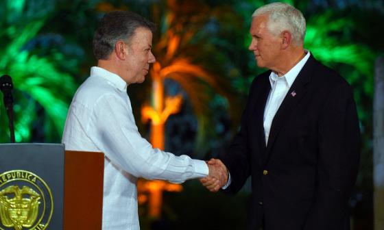 Juan Manuel Santos se reunió este domingo con Mike Pence, vicepresidente de los Estados Unidos.