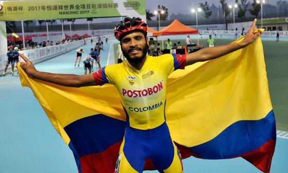 El patinador Álex Cujabante.