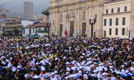 A las 11 a.m. Francisco bendice a fieles desde la Plaza Simón Bolívar