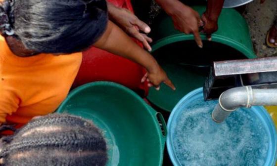 Se restablece el servicio de agua en 70 sectores de Barranquilla