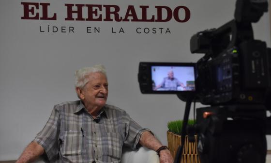Chelo, el periodista deportivo más veterano del mundo