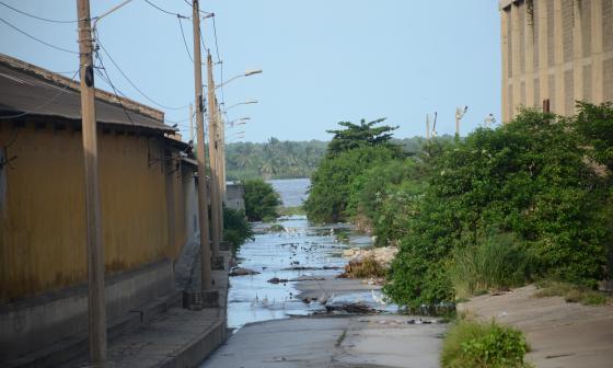Desembocadura del arroyo del Country.