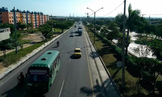 Dacia se vuelca en la Circunvalar y deja un muerto y seis heridos
