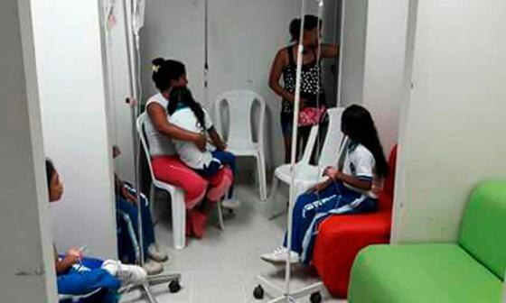 Investigan posible intoxicación de unos 40 niños en un colegio de Tierralta