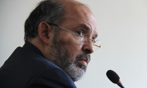 Fiscalía llama a juicio al exmagistrado Francisco Ricaurte