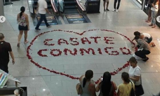 En video| Así fue la propuesta de matrimonio en un centro comercial de Barranquilla