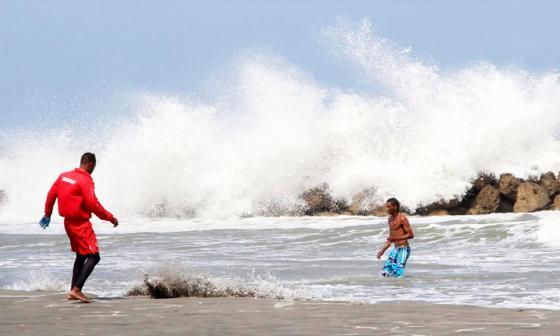 Fuertes vientos y mar de leva continuarán este fin de semana en la Costa