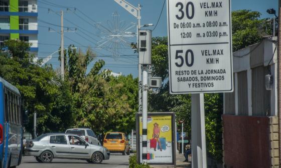 Punto de fiscalización electrónica en la calle 84 entre 59 y 59B.